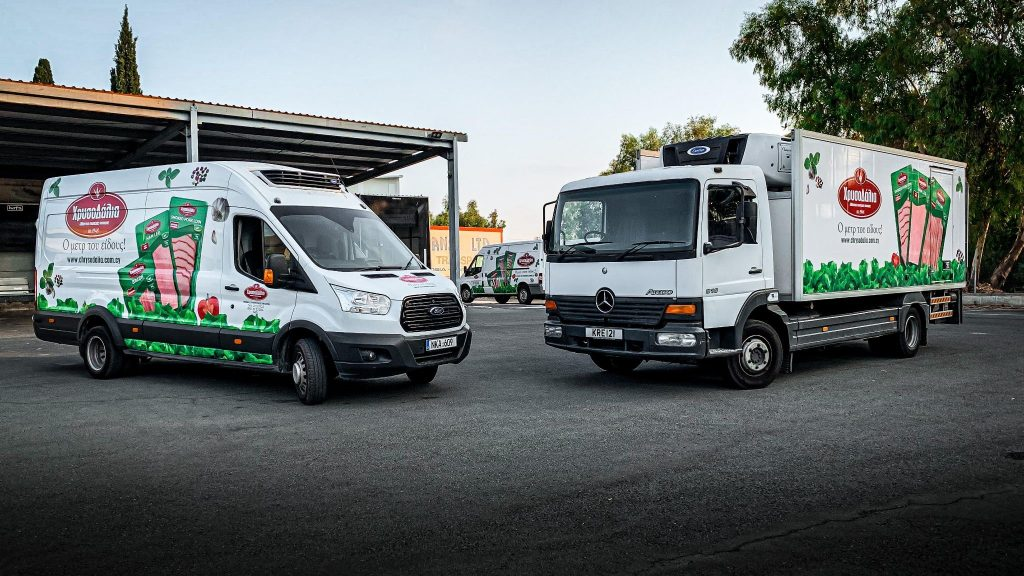 Stationery trucks for distribution